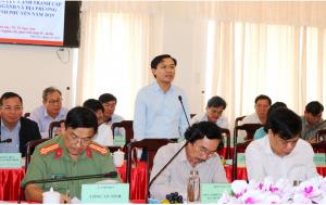 Ông Bùi Thanh Toàn - Bí thư Huyện ủy Đông Hòa phát biểu tại hội nghị